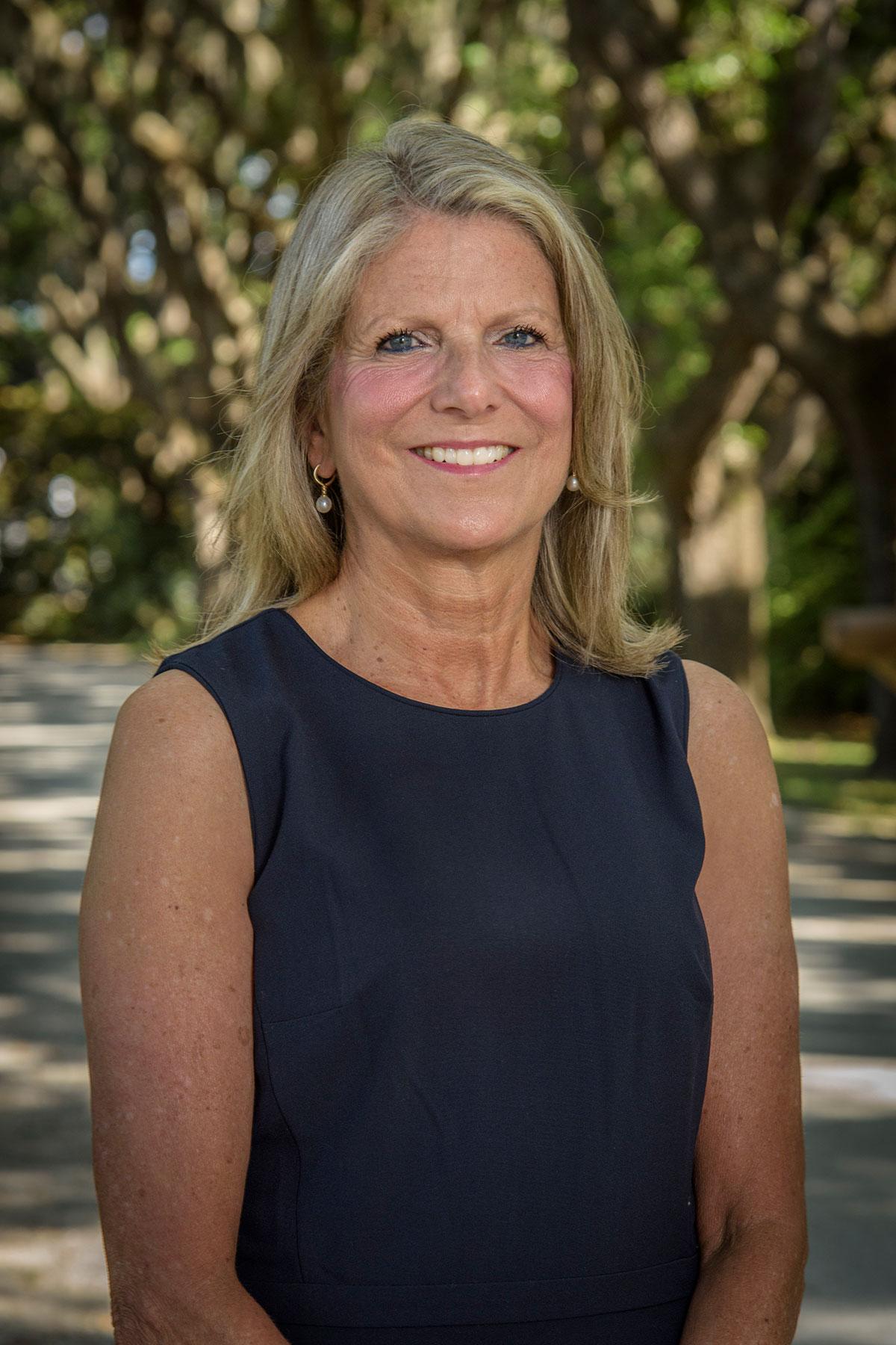 Cynthia Ridgeway Beach Residential Agent